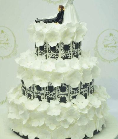 tort pentru nunta, tort pentru nunta la comanda Chisinau, tort nunta tortik.md, torte deosebite pentru nunta